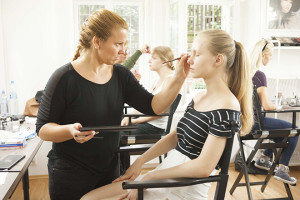 make-up_institute_poradna_01_02