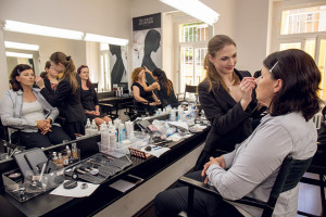 make-up_institute_poradna_02_02