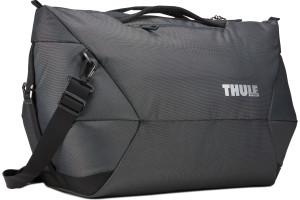 A sleek and spacious carry-on duffel with wide-mouth access to easily pack and organize your essentials.Thule Subterra Duffel_45L